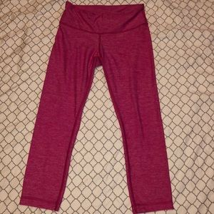 Lululemon Crop Pants Leggings 4 bright pink